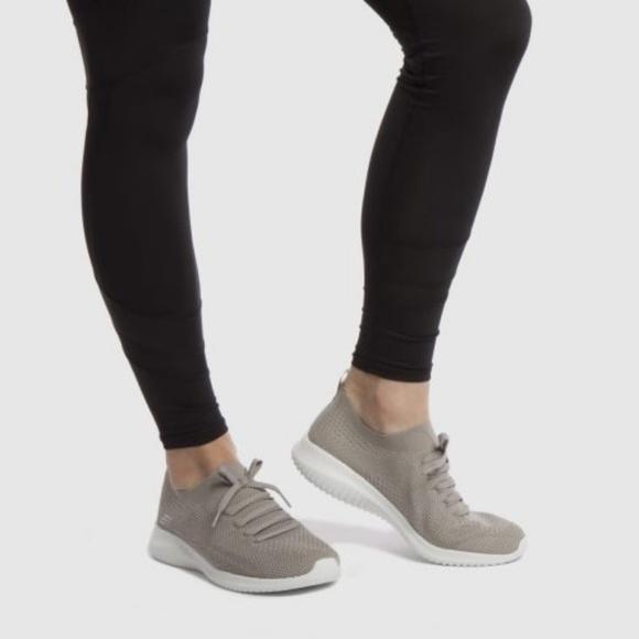 Skechers Womens Ultra Flex Statements